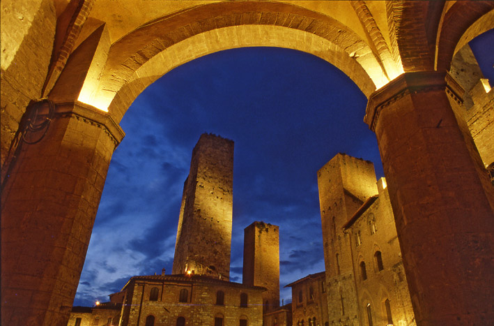 Photo:  San Gimignano night
